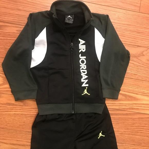 Kids Nike Sweatsuit 24 M Baby & Toddler Clothing